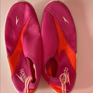 Speedo Shoes - Speedo Water-shoes size 4